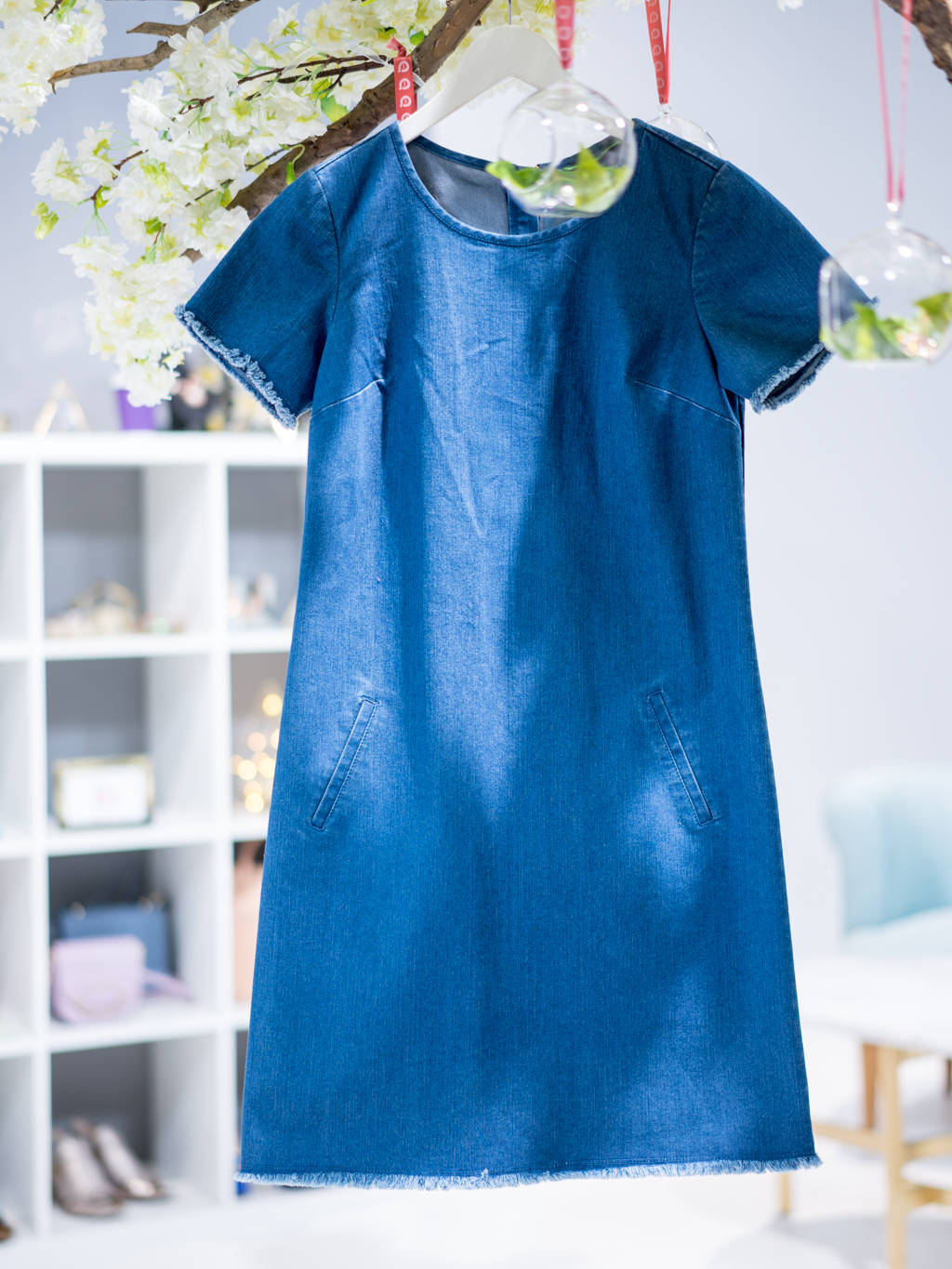 Denim dress: a new wardrobe staple