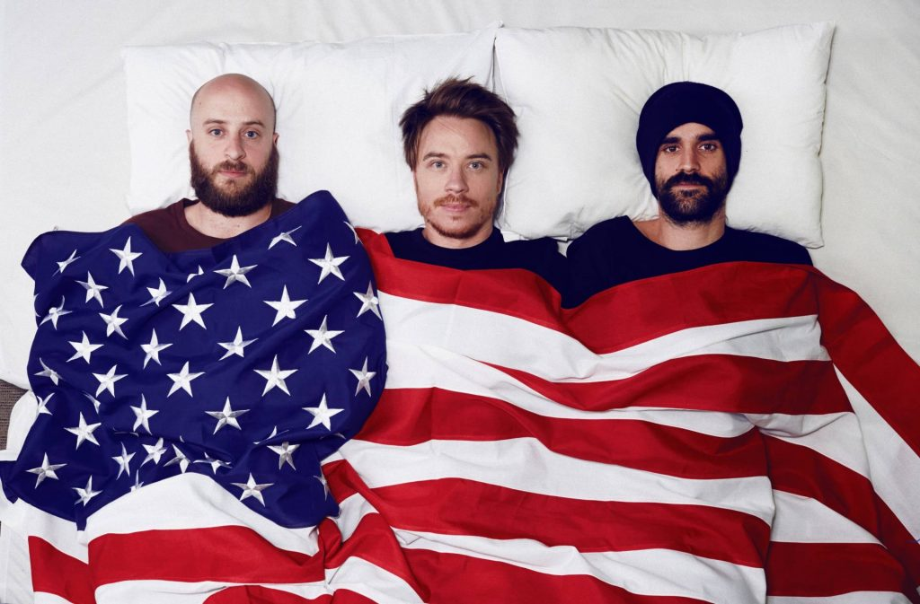 unplanned_america_bed_10_resized_1